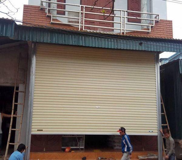 Công ty lắp đặt của cuốn tại huyện Hóc Môn