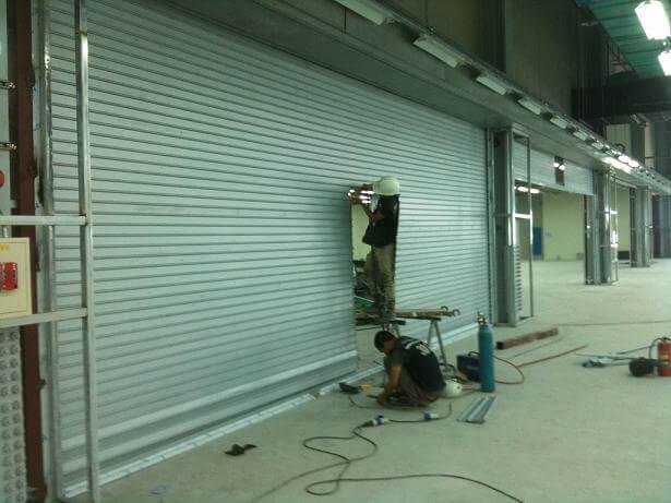 Thợ sửa cửa cuốn tại Quận Tân Bình