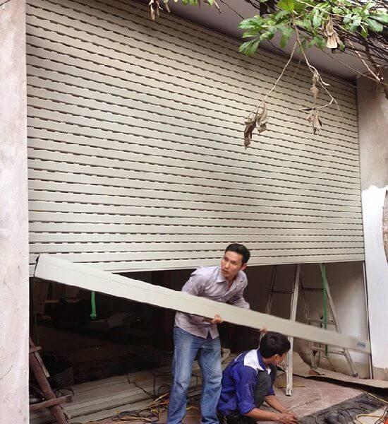 Thợ sửa chữa cửa cuốn tại Quận Tân Phú