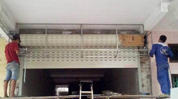 Dịch vụ sửa chữa cửa cuốn tại Quận 4 uy tín